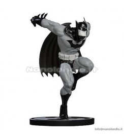 "ST Batman - Batman Black & White by Ed McGuiness - 7"" Statue"