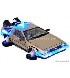 BTTF 2 DELOREAN MARK II CAR 1/15 SCALE